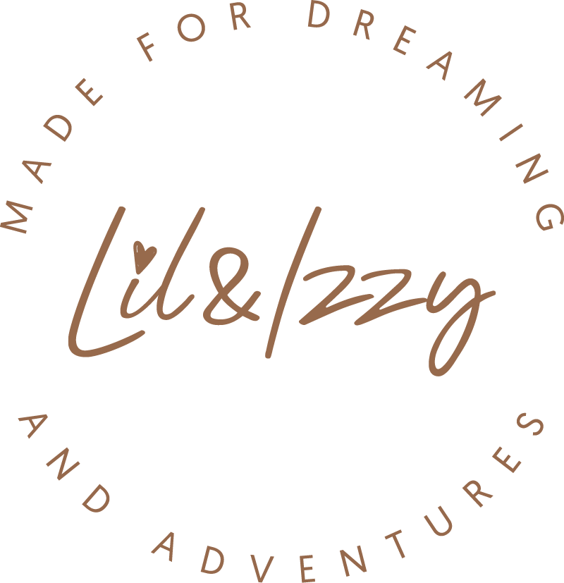 Lil & Izzy Boutique Logo Mark